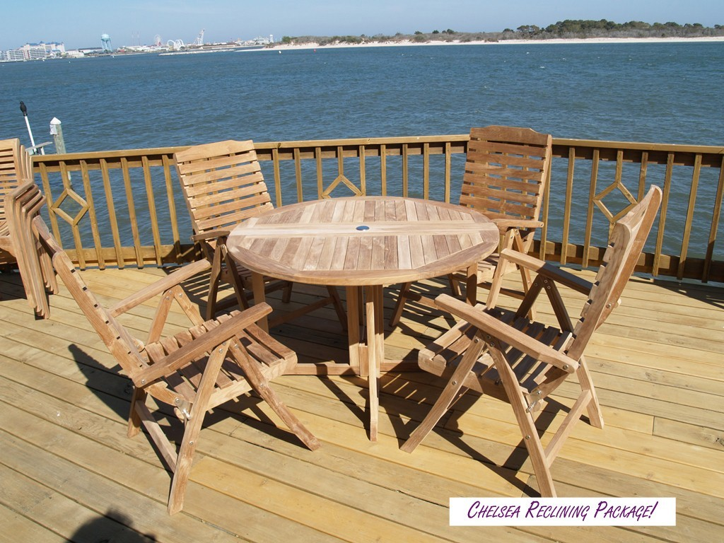 """Barcelona Round Drop Leaf 39"""" Teak Dining Table...use with 1 Leaf Up or 2.... Makes 2 different tables"""